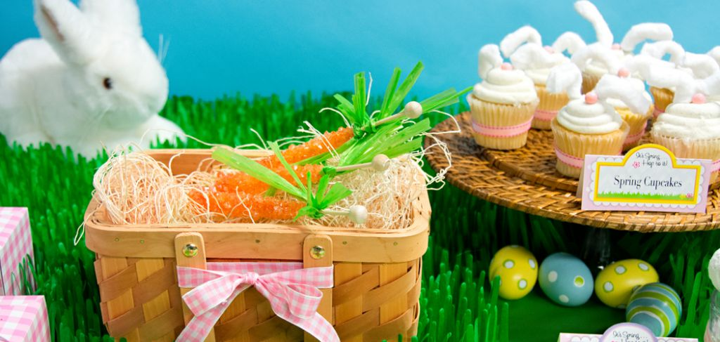 Easter party from Birthday Express.