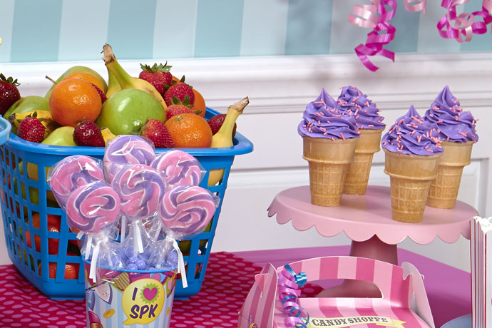 5-shopkins-birthday-party-supplies-food-ideas-cupcakes-fruit
