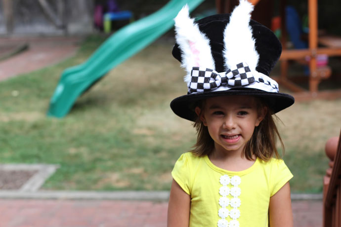 courtney byrne alice in wonderland party ideas for birthday express 7