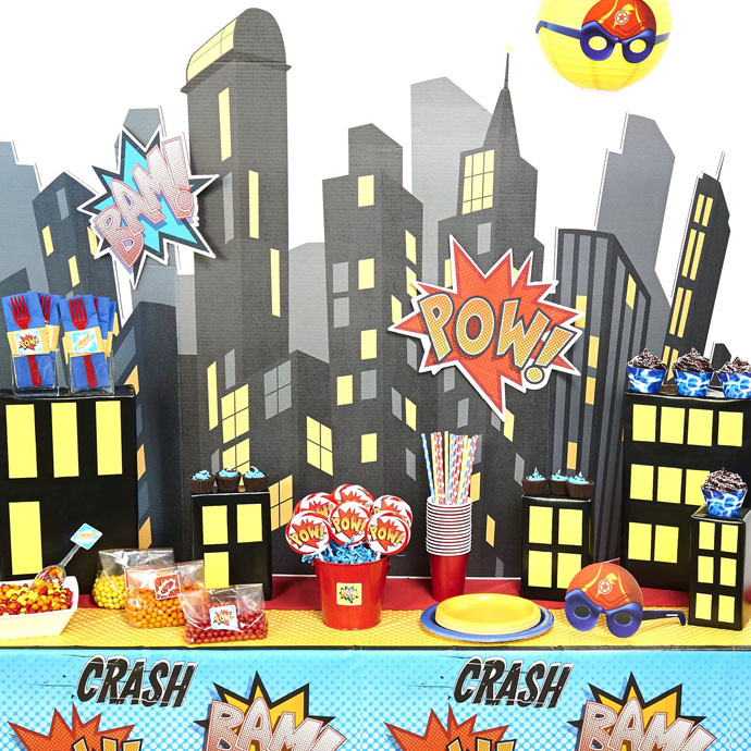 d-i-y-superhero-comics-table-decor-bx-98794b